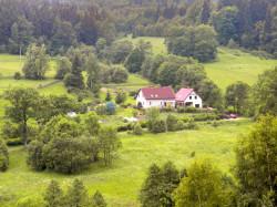 Nasze gospodarstwo z Góry Jagoda - W Dolinie Modrzewi - Agroturystyka Rudawy Janowickie